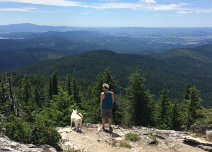 My workdays are spent staring at a computer screen, but now on weekends I step into a living screen saver. A post about discovering hiking. By Jane Baker